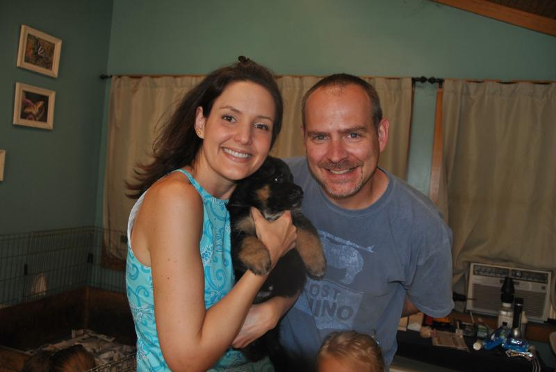 Wonderful family seeing their lil girl